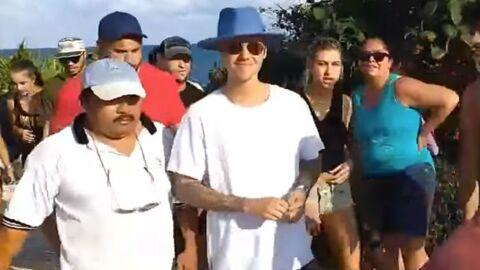 Justin Bieber montre ses fesses dans un lieu touristique (et se fait virer)