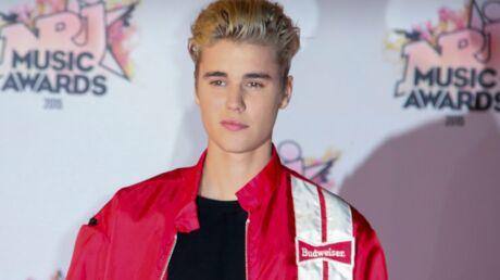 VIDEO Justin Bieber se moque de sa crise de colère hier à Cannes