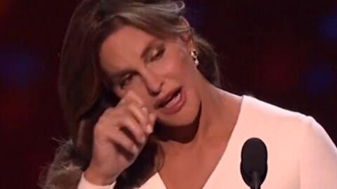 VIDEO Les émouvantes larmes de Caitlyn Jenner pendant son discours aux Espy Awards