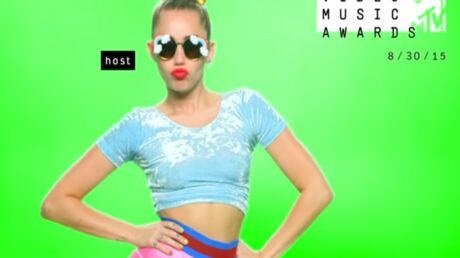 VIDEO Miley Cyrus : la chanteuse enfume le clip promo des MTV Video Music Awards