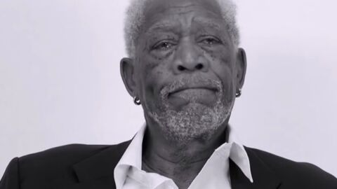 VIDEO Morgan Freeman donne sa version SUPER dramatique de Love Yourself de Justin Bieber