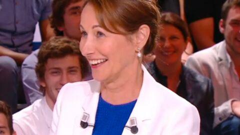 VIDEO Ségolène Royal réalise avec gêne qu'elle affiche fièrement le logo de l'ecstasy sur sa veste