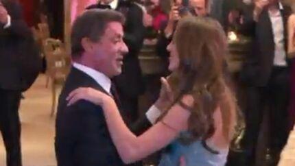 VIDEO Sylvester Stallone fait valser sa fille au bal des débutantes