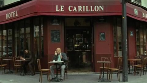 VIDEO Eric et Ramzy avaient tourné au Carillon, ils rendent hommage aux victimes