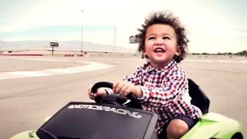 Le fils de Chloé Mortaud déjà au volant d'une Lamborghini à 21 mois!