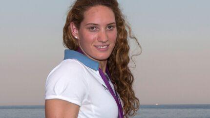 VIDEO Les nageurs français rendent un hommage poignant à leur amie Camille Muffat
