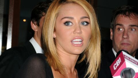 Miley Cyrus dérange Liam Hemsworth sur son tournage