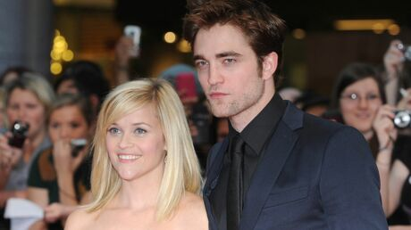 Robert Pattinson se cache chez Reese Witherspoon