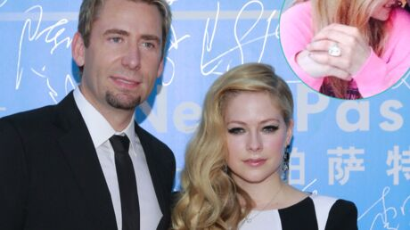 Avril Lavigne: pour son 1er anniversaire de mariage, elle reçoit un énorme diamant