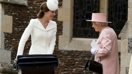 La reine Elizabeth II imposerait un dress code très strict à Kate Middleton