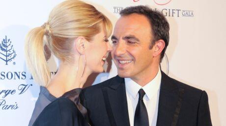 Nikos Aliagas se confie sur sa vie de famille et son bonheur avec Tina Grigoriou, son épouse