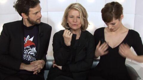 VIDEO Louise Bourgoin se sert de ses seins comme calendrier