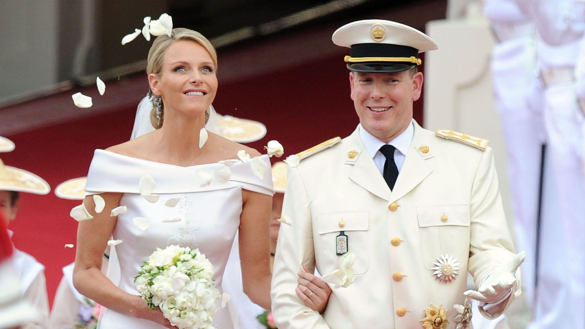 Charlène et Albert de Monaco fêtent leurs 5 ans de mariage, retour en  images sur ce conte de fées , Voici