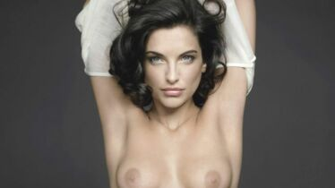 Topless contre le cancer