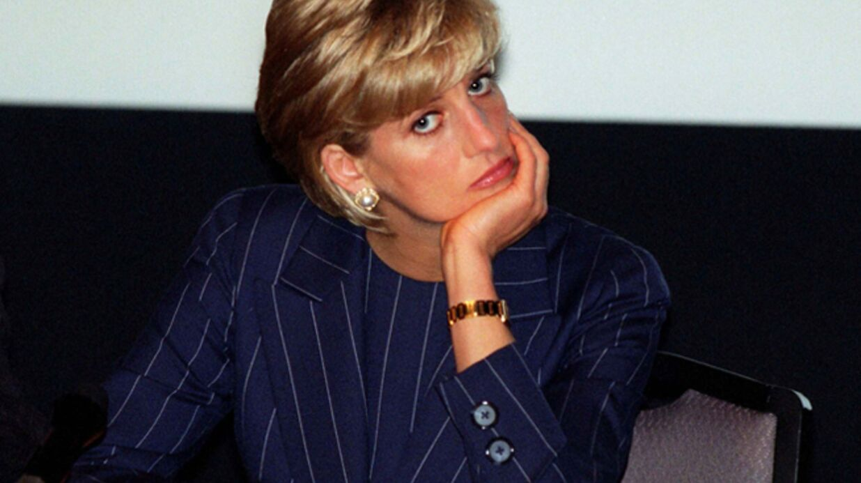Une affiche de Diana fait polémique sur le pont de l'Alma