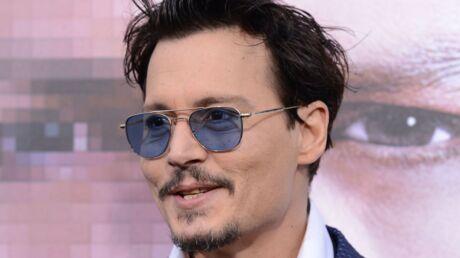 Une chaise sur laquelle Johnny Depp s'était assis déclenche l'hystérie dans un café