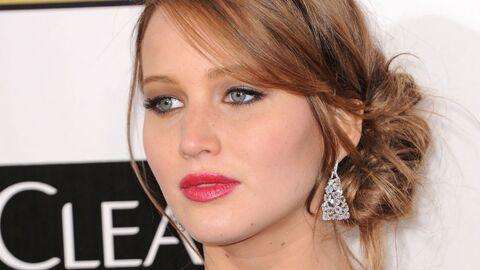 Jennifer Lawrence (Hunger Games) et ses seins asymétriques…