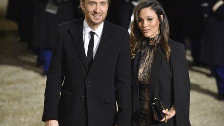 PHOTOS Invité à l'Elysée, David Guetta officialise avec sa compagne