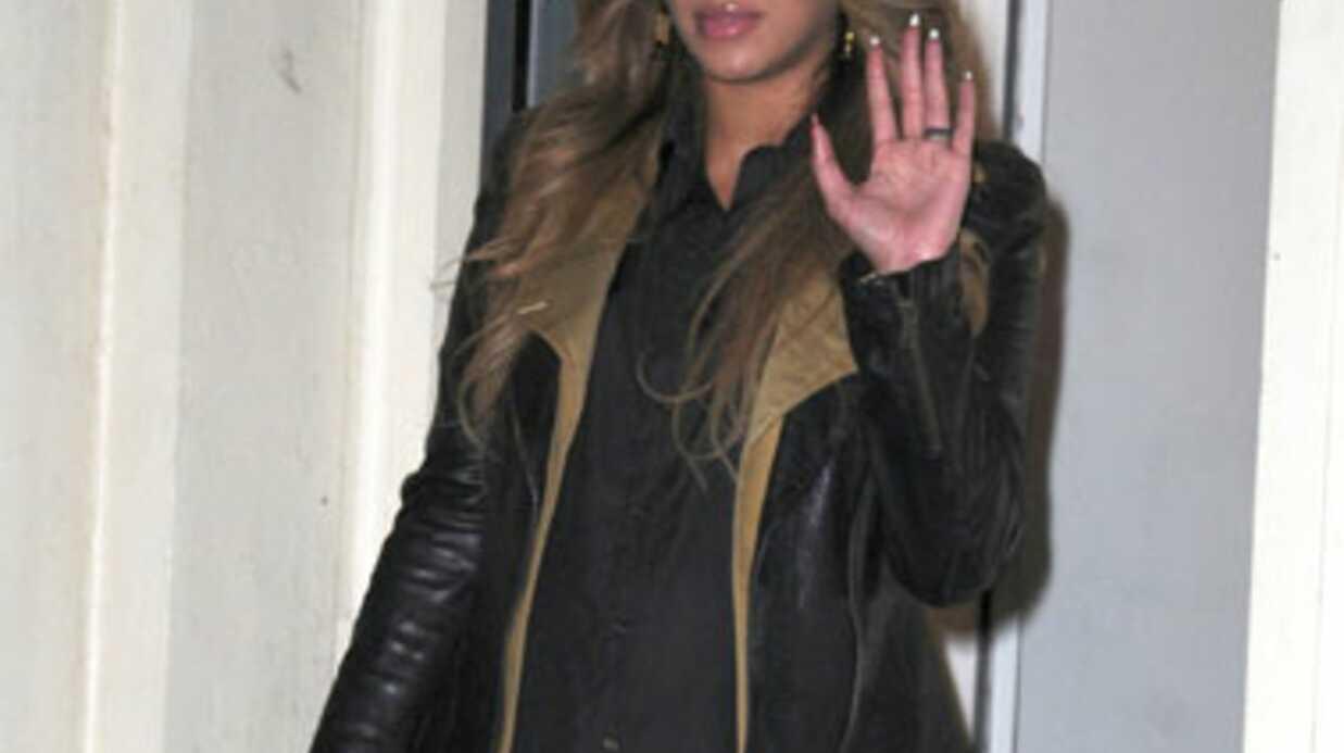 Beyoncé met fin aux rumeurs d'accouchement