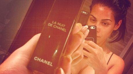PHOTOS Ayem poste un selfie en nuisette sexy et sans maquillage