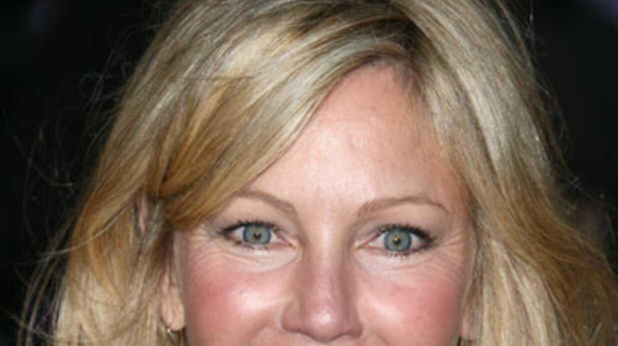 Heather Locklear sort avec le chirurgien esthétique des stars