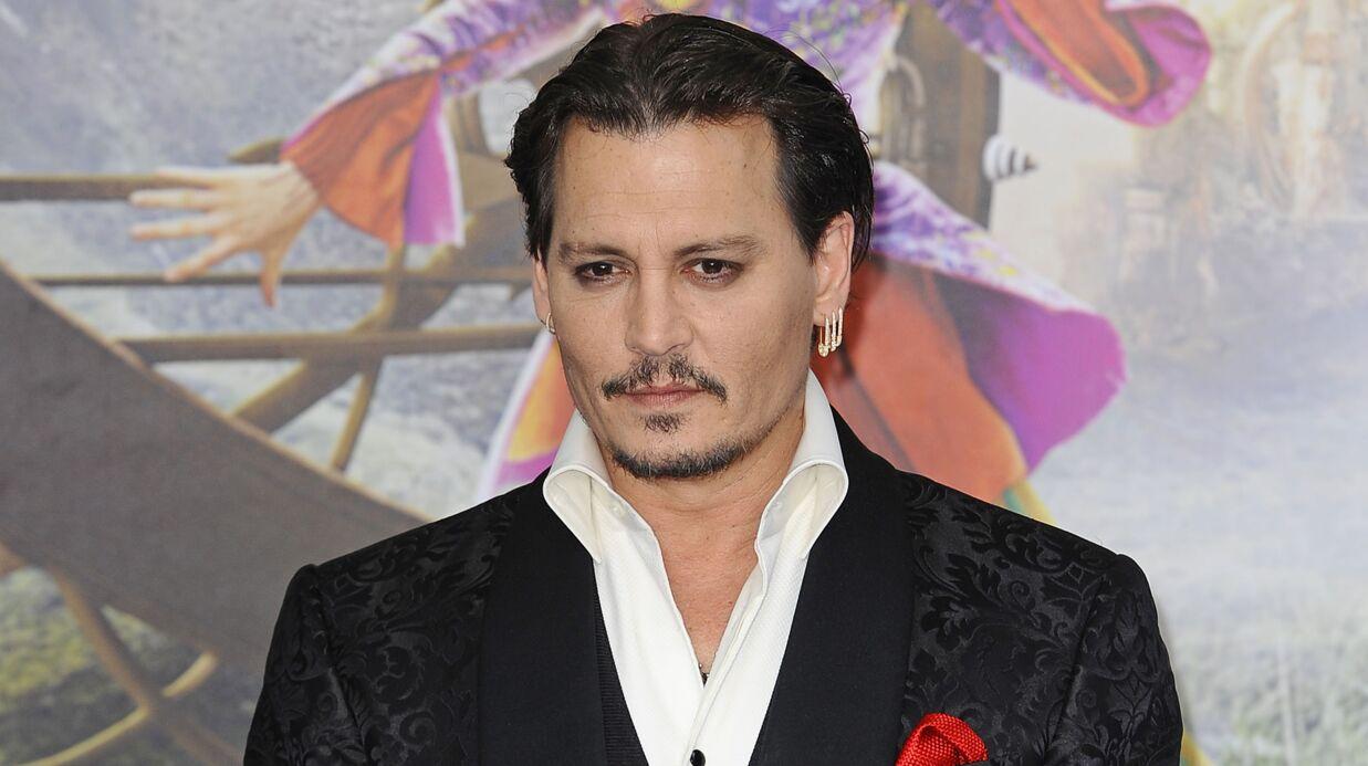 Johnny Depp: ses ex-managers l'accusent de porter une oreillette pour ne pas apprendre ses répliques
