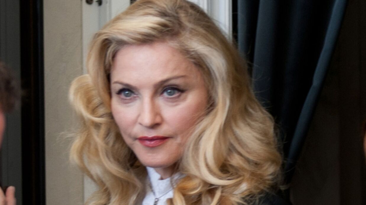 Madonna rend hommage à ses ex Sean Penn et Guy Ritchie