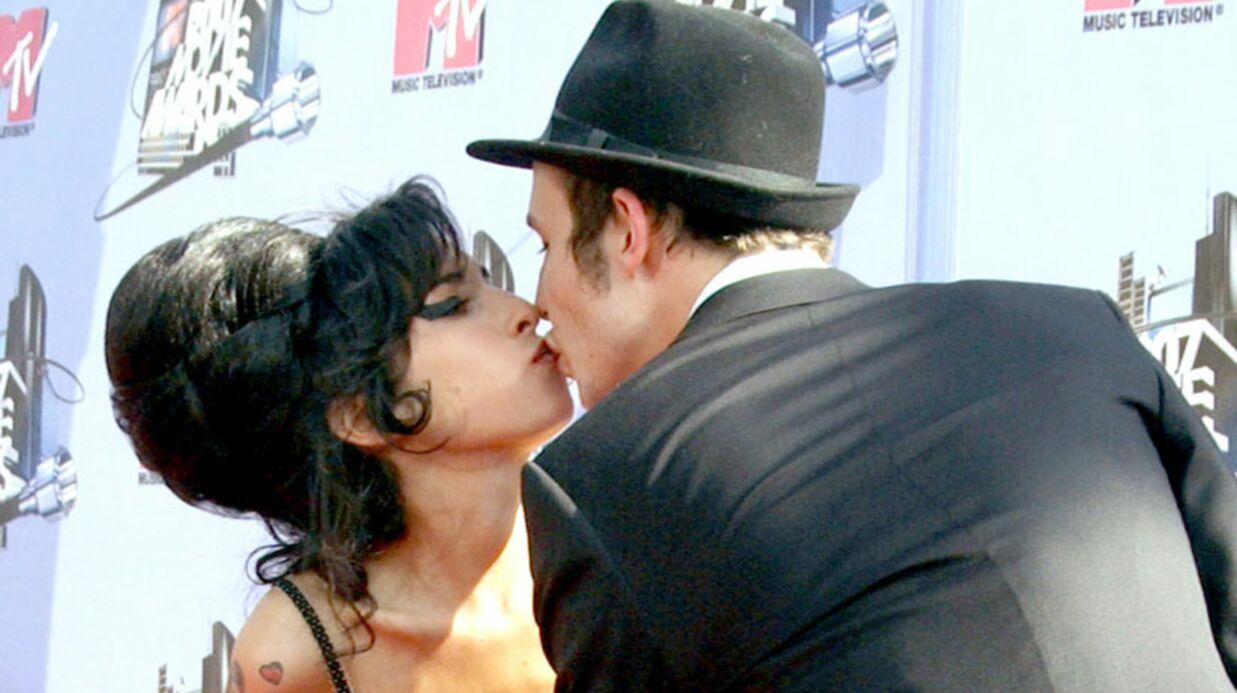 Amy Winehouse: son ex-mari préparerait un livre-vérité