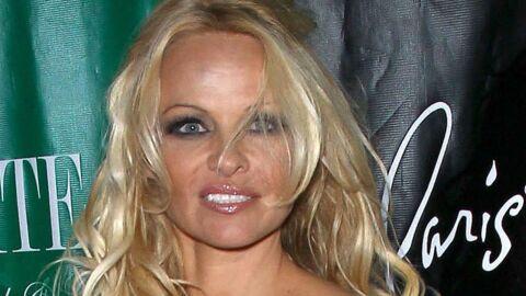 Pamela Anderson: un fan lui offre 195 000 euros de champagne