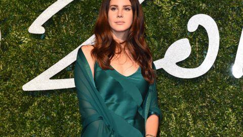 Lana Del Rey: un fan amoureux campait dans son garage