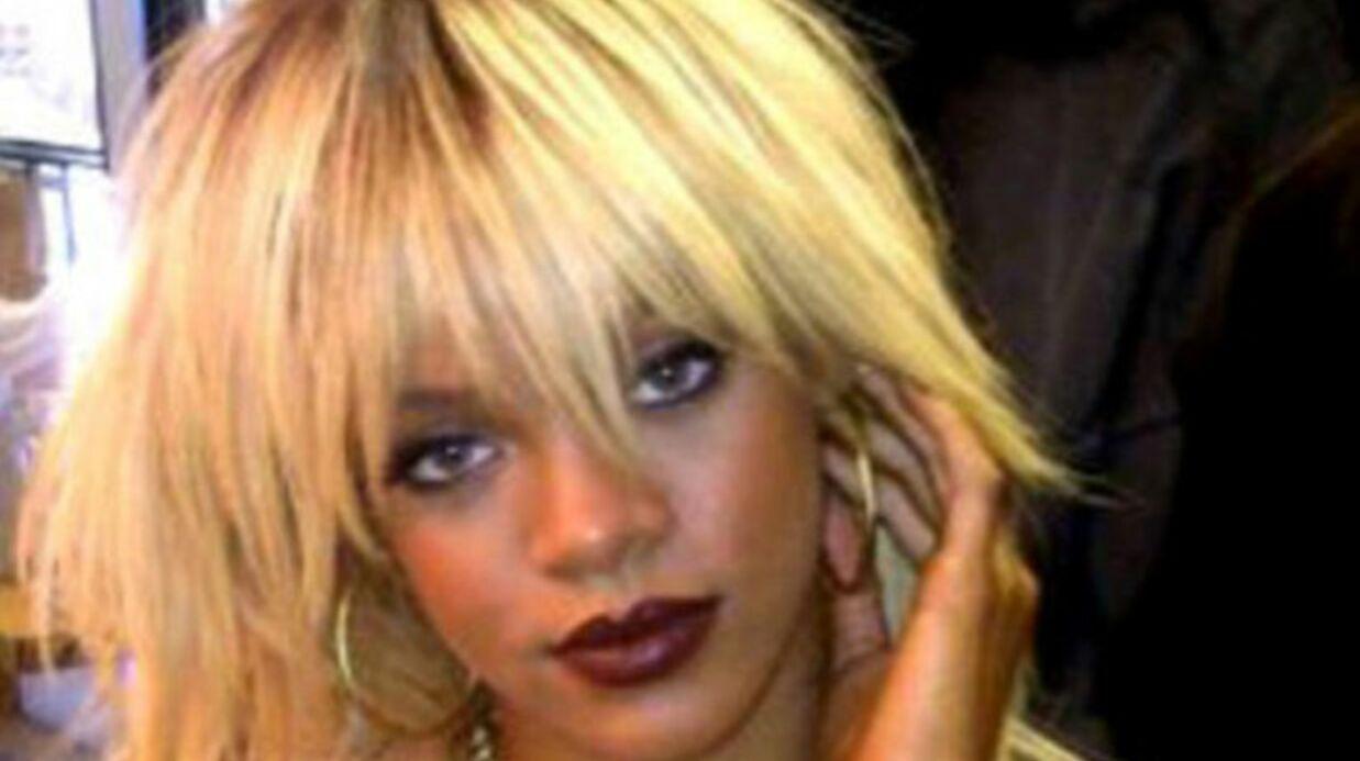PHOTO: Rihanna topless sur Twitter.