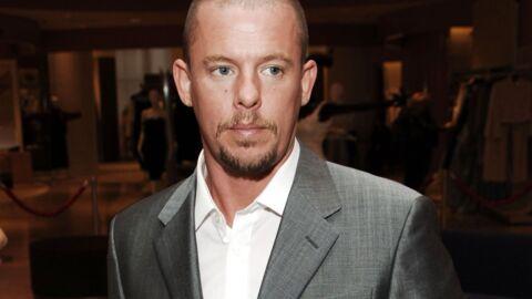 Alexander McQueen avait prévu de se suicider en plein défilé