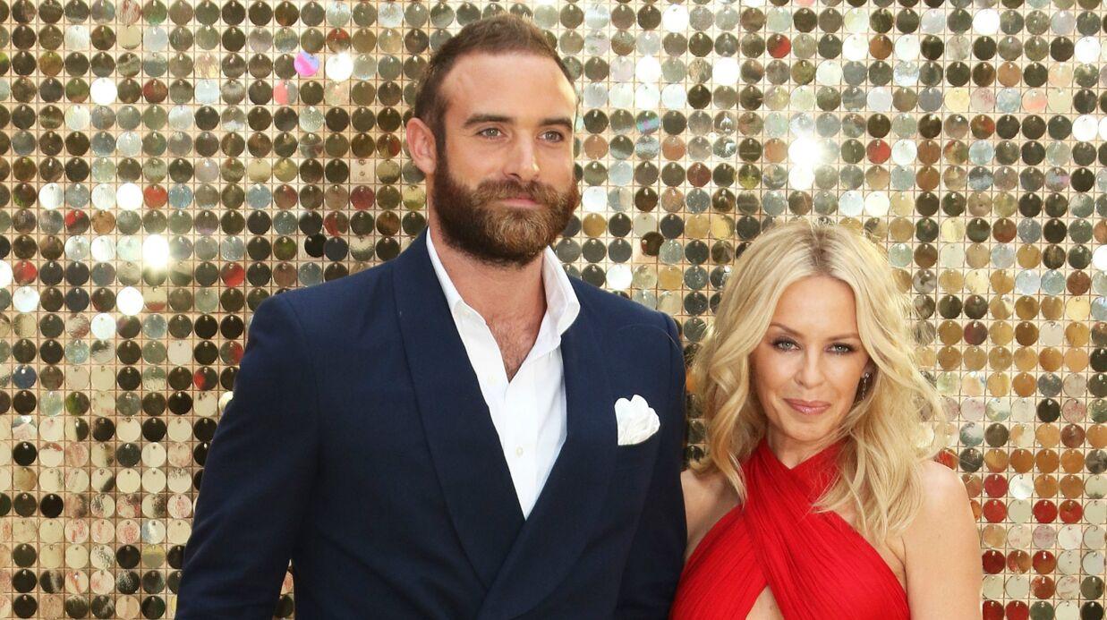Trompée, Kylie Minogue annule ses fiançailles avec Joshua Sasse