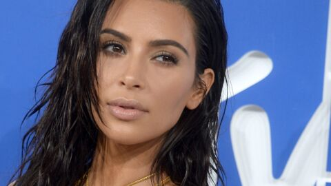 Kim Kardashian revient sur les réseaux sociaux en publiant une adorable photo de famille