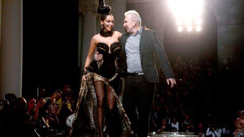DIAPO Féline, Nabilla a défilé pour Jean-Paul Gaultier