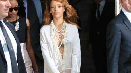 VIDEO Ivre, Rihanna massacre deux chansons dans un karaoké