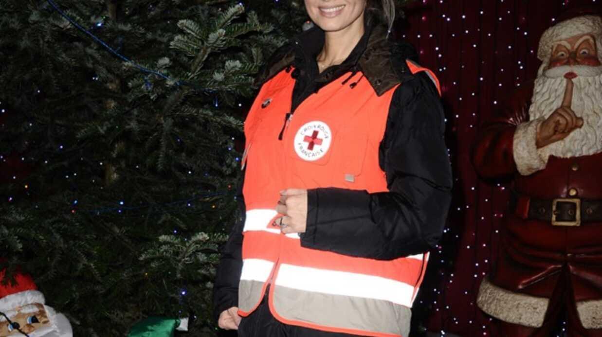 Adriana Karembeu en fauteuil roulant, lance la quête de la Croix-Rouge