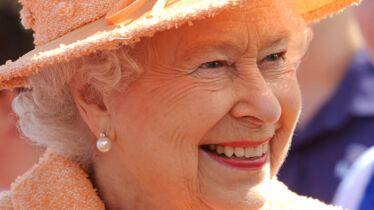 La reine quitte momentanément son trône