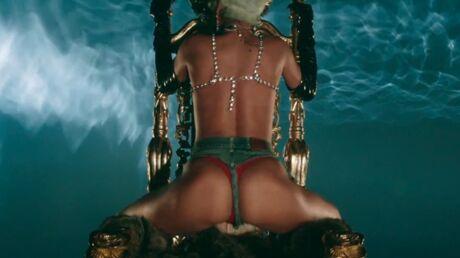 video-rihanna-remue-ses-fesses-a-moitie-nue-dans-pour-it-up