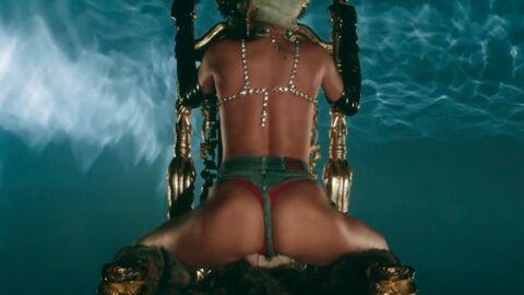 VIDEO Rihanna remue ses fesses à moitié nue dans Pour it up