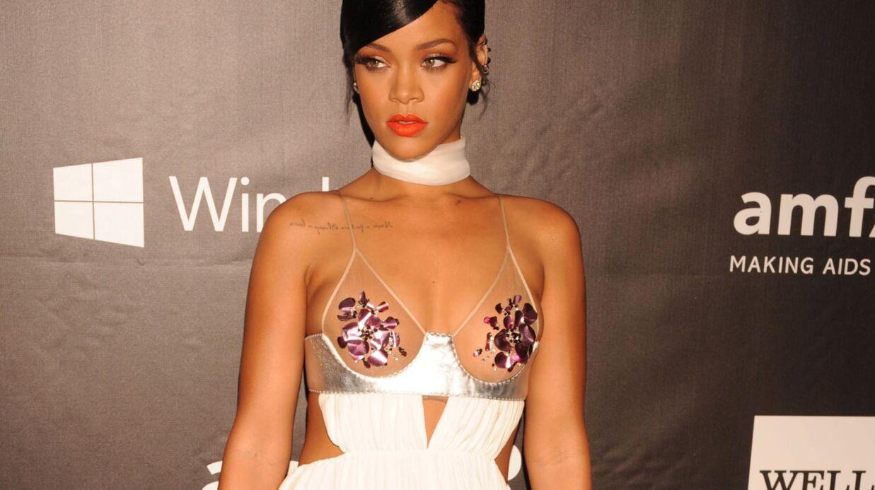 PHOTOS Rihanna seins nus et ultra sexy pour un shooting Dior
