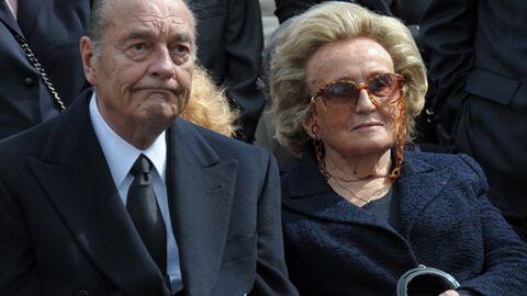 Jacques Chirac fume en cachette