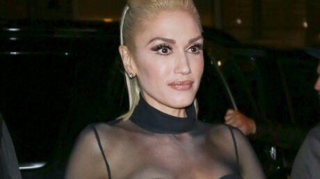 PHOTOS Gwen Stefani en dévoile beaucoup trop avec sa jupe très TRÈS courte
