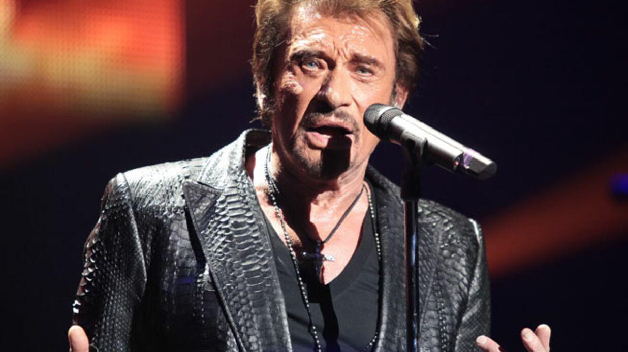 Johnny Hallyday reporte sa tournée en Asie en raison des troubles en Thaïlande