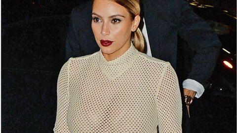 PHOTOS Kim Kardashian dévoile sa poitrine dans un haut en résille transparent