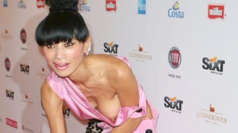 Gros problème de robe pour l'actrice Bai Ling, qui se retrouve sein nu sur le red carpet