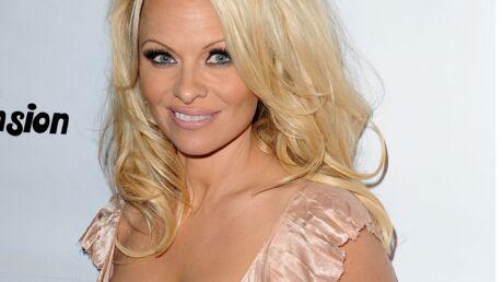 PHOTOS Pamela Anderson: ses fils l'ont encouragée à se dénuder pour l'ultime Une sexy de Playboy