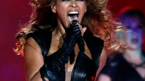 VIDEO Beyoncé enflamme la finale du Super Bowl
