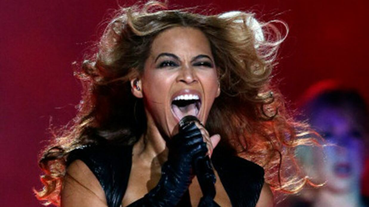 VIDEO Beyoncé enflamme la finale du Super Bowl