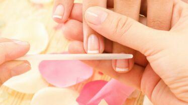 Vos ongles aussi ont besoin de faire peau neuve!